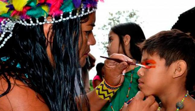 Muitas escolas indígenas sem material didático
