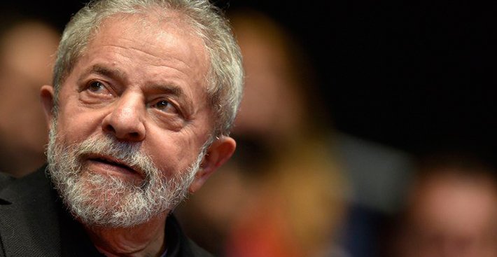 Defesa de Lula apresenta documentos em que OAS diz ser dona do tríplex