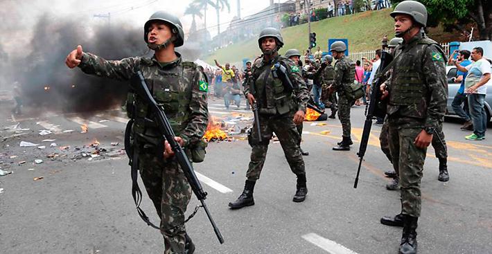General interventor usará dados de inteligência para fazer ampla mudança nos cargos das polícias do Rio